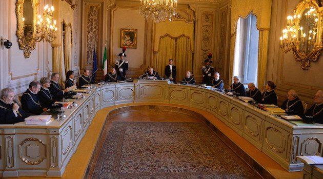 L'amministrazione aggiudicatice deve espressamente autorizzare la procedura arbitrale per la risoluzione stragiudiziale delle controversie con il soggetto appaltatore
